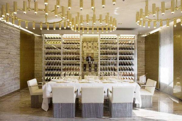 dolce-gabbana-gold-restaurant